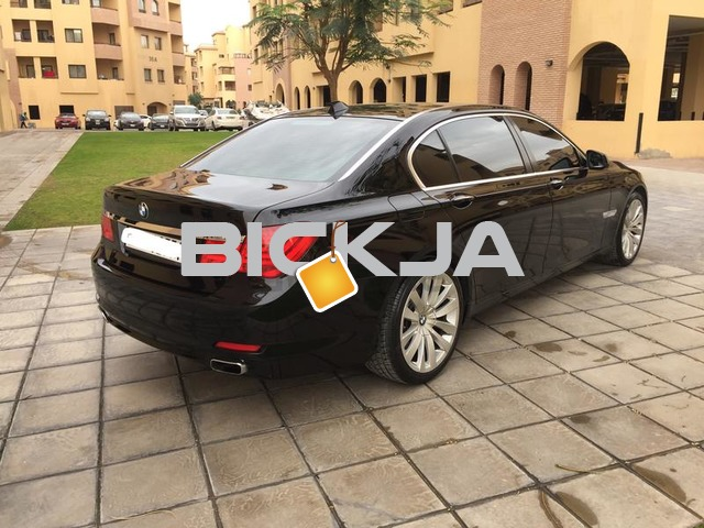 BMW 750LI 10Years Service Contract 150Kms  100% Accident Free