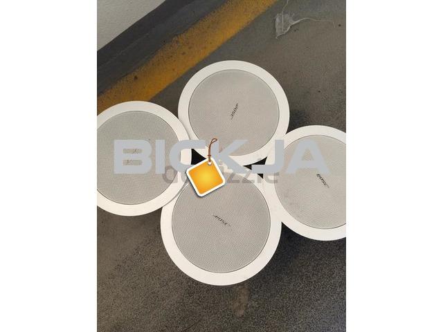 bose freespace 16 ceiling speakers for sale used dubai. Black Bedroom Furniture Sets. Home Design Ideas