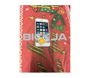 Apple iphone5 64gb Mobile Good Working condition urgent sale