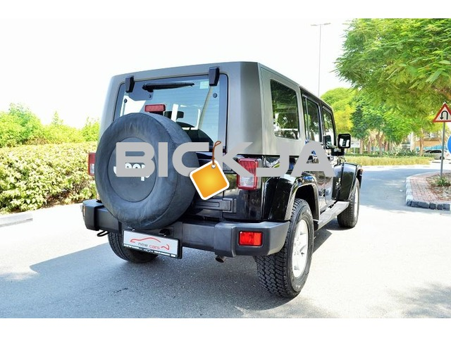 GCC JEEP WRANGLER SAHARA UNLIMITED 2007 - CAR IN GOOD CONDITION - PRICE NEGOTIABLE - 2/3