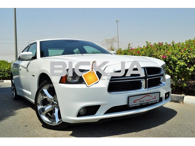 GCC DODGE CHARGER RT 2013 - ZERO DOWN PAYMENT - 940 AED/MONTHLY - 1 YEAR WARRANTY - 1/3