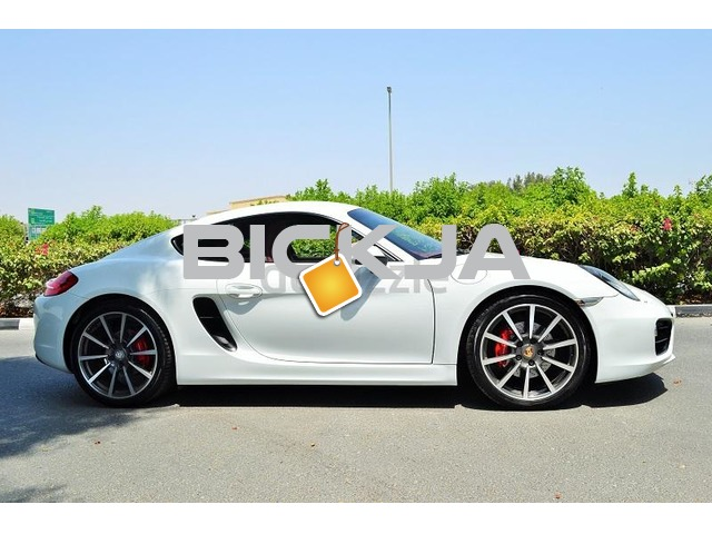 GCC PORSCHE CAYMAN S 2014 - ZERO DOWN PAYMENT - 2,330 AED/MONTHLY - 1 YEAR WARRANTY - 2/4