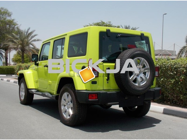 Brand New 2016 JEEP WRANGLER SAHARA UNLIMITED 3.6L V6 GCC With 3 Yrs/60000 km AT the Dealer - 2/3