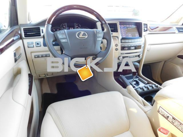 LEXUS LX 570 2014 MODEL, 7 SEATER - 2/4
