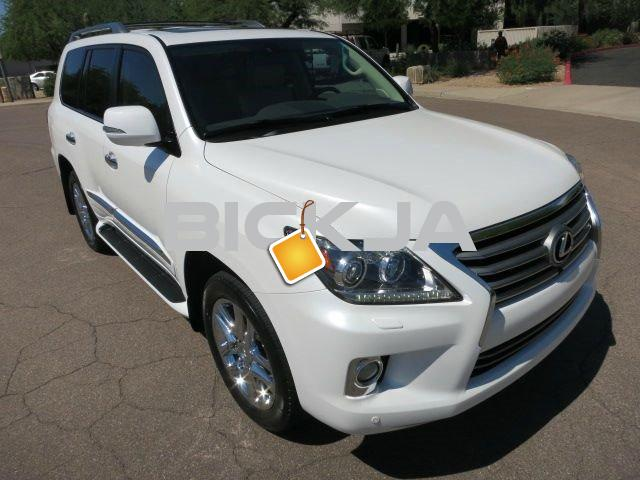 BUY 2013 LEXUS LX 570 WHITE - 1/4