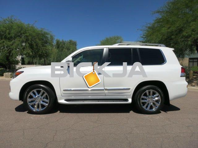 BUY 2013 LEXUS LX 570 WHITE - 4/4