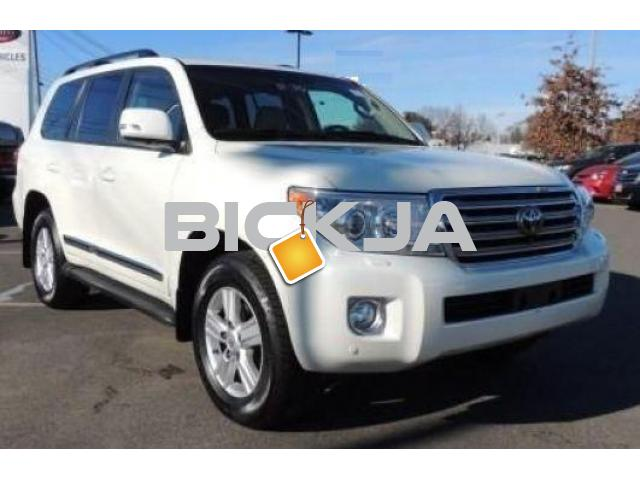 TOYOTA LAND CRUISER WITH PRICE NEGOTIABLE - 3/4