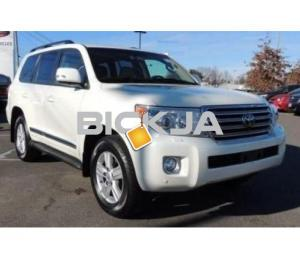 TOYOTA LAND CRUISER WITH PRICE NEGOTIABLE