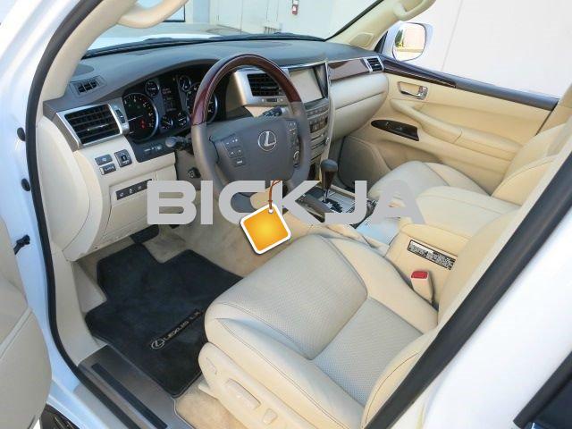 2013 LEXUS LX 570 GCC USED - 2/4