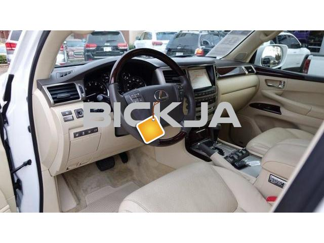 LEXUS LX 570 2015 AT REDUCED PRICE - 2/4