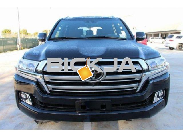 LAND CRUISER 2016 URGENT SALE - 1/4