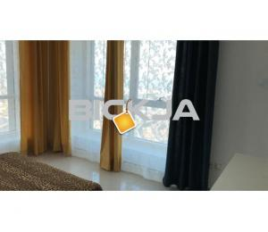 Spacious Master Bedroom With Balcony In JLT For Rent with Full Sea View ( Near to JLT Metro )