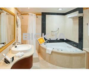 Hotel Deep Cleaning Services in Bur Dubai-0545832228